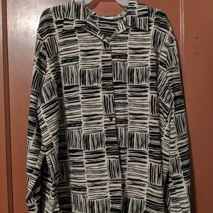 PLUS SIZE 20W CLAUDIA RICHARD BUTTON FRONT BLOUSE